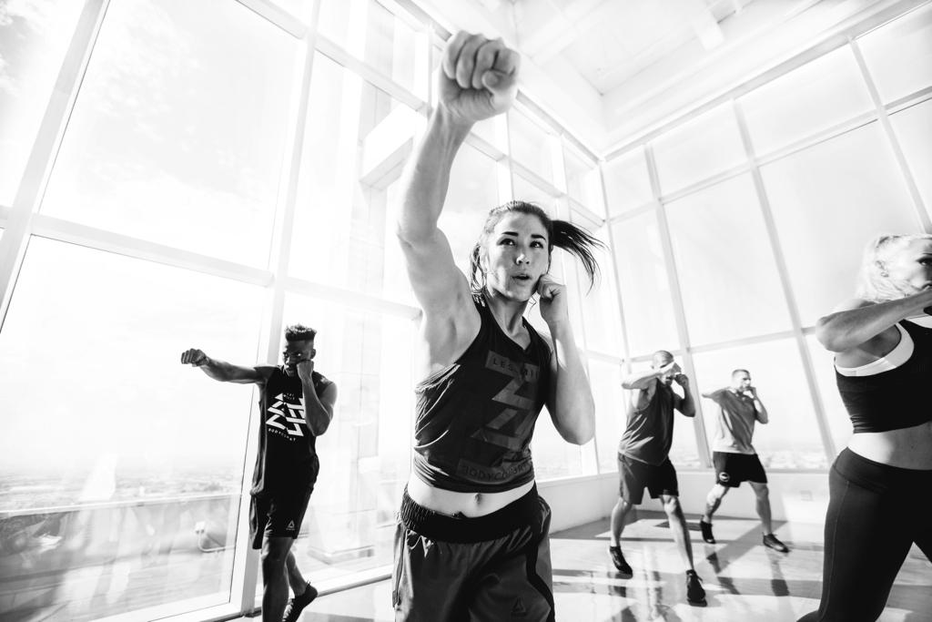 Quels sont les exercices d'un cours de body combat ?